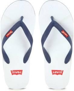 Flipkart - Get Men's Sandals & Slippers - Puma, Levi's & more at upto 70% off