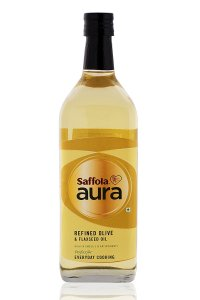 Amazon- Buy Saffola Aura Refined Olive and Flaxseed Oil, 1000ml for Rs 599