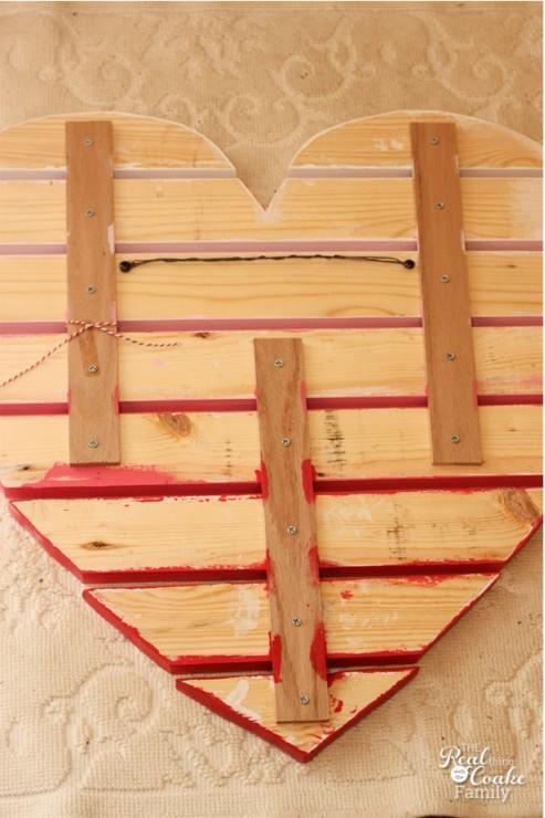 Ideas para decorar una casa con corazones de madera - Palet de madera decoracion ...