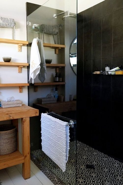 12 cuartos de baño con ducha de estilo vintage 3