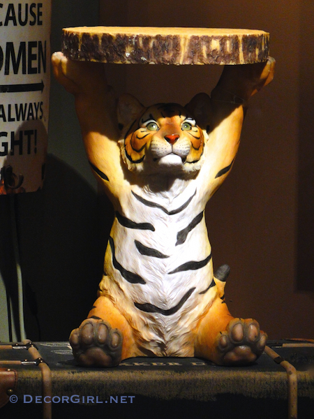 Tiger Table