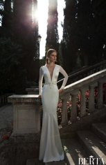 Daring Art Deco Wedding Gown || Berta