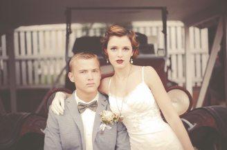 Vintage Car Bride + Groom