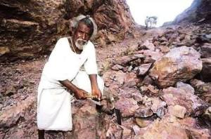 Dashrath Manjhi The Mountain Man Jeevan Parichay in hindi