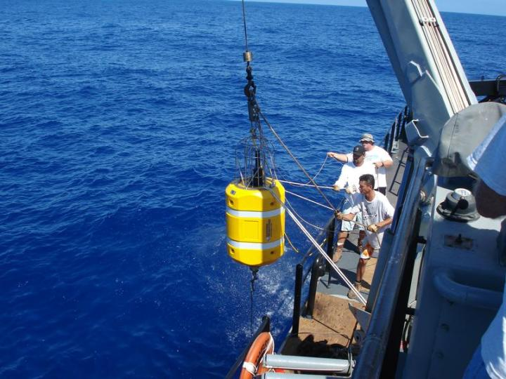 A transponder for the Portable Undersea Training Range (PUTR) is deployed from a support vessel. Photo courtesy of NAVAIR.