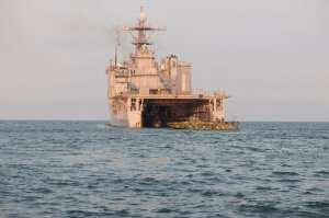 Riverine well deck ops aboard Oak Hill