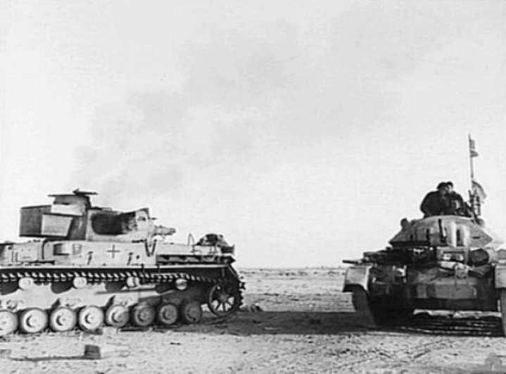 Operation Crusader: Crusader and Pzkpfw IV