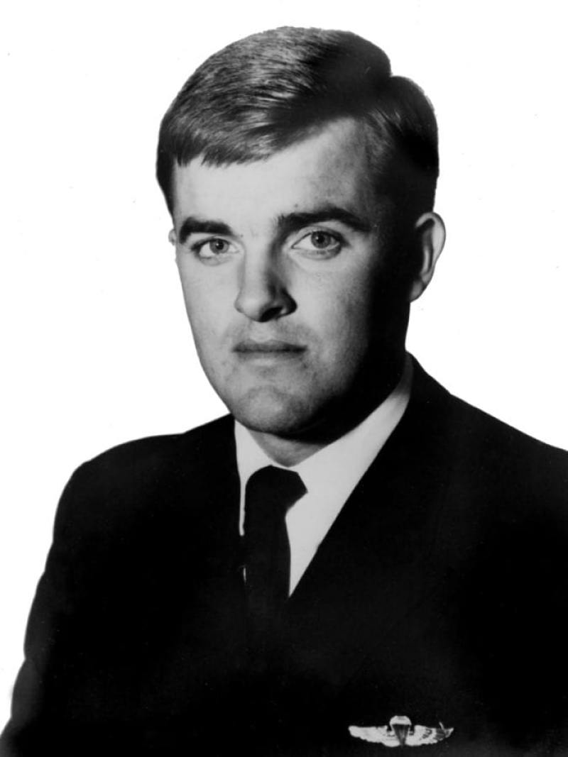 """Lt. (j.g.) Joseph Robert """"Bob"""" Kerrey"""