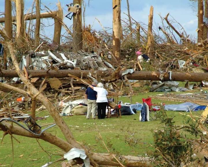older-Alabama-tornado-survivors-and-debris