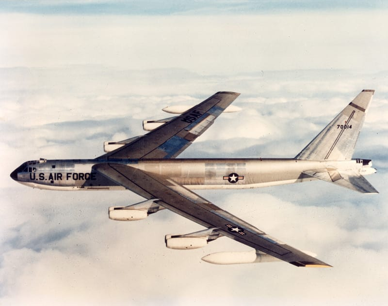 File J57 replacement on B 52D 1984 likewise Submarine Espadon further 51130 as well B 52 Stratofortress 60th Anniversary furthermore Can Stealthy Flying Submarine Escape. on how nuclear engines work