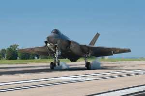 F-35C touchdown Pax River