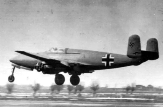 An Heinkel He-280 takes off for a test flight. Notice the missing engine cowling. Early flights were carried out with cowlings removed in order to minimize the risk of fire as a result of dripping fuel. Bundesarchive photo