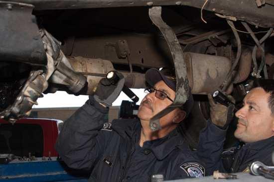 DHS cbp inspecting truck for heroin
