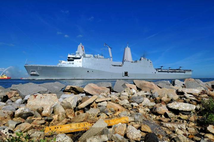 USS New York (LPD 21)