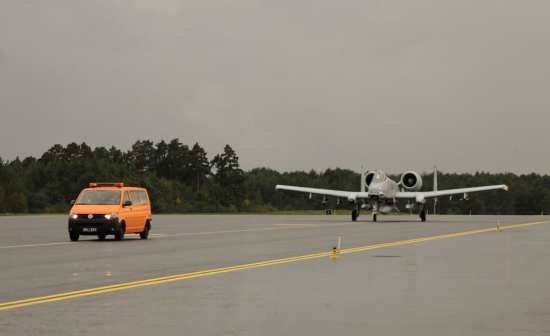 A-10 taxi Amari AFB