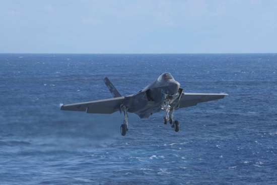 F-35Cs Trap Aboard USS Dwight D. Eisenhower | Video