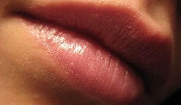 soluciones-para-evitar-los-labios-agrietados