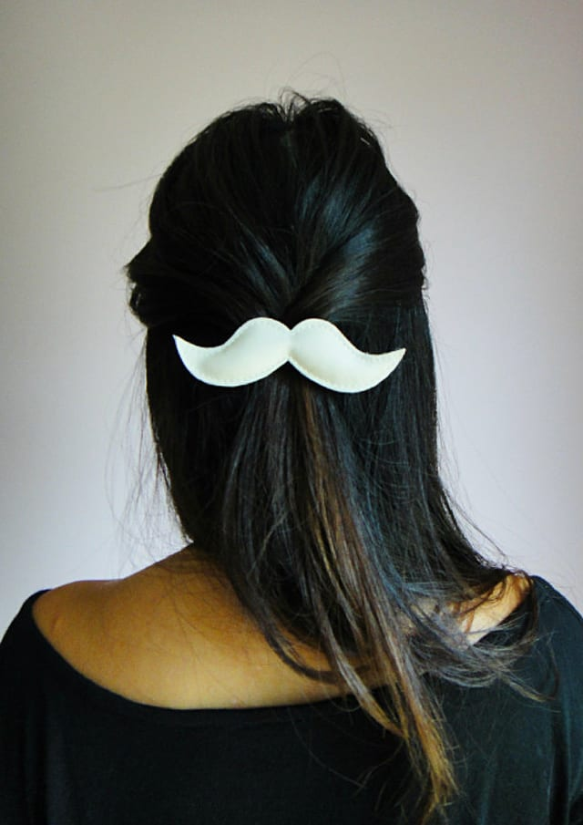 m4 Ideas con mucho bigote, ¡vivan los complementos!
