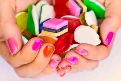 Colores pastel, manicura primaveral