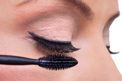 Eyeliner negro, un imprescindible este invierno