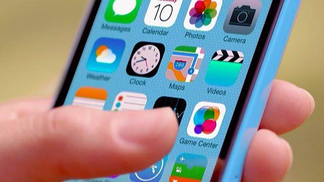 iOS-7-teaser-iPhone-5c-ad-007