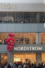 Notes on Nordstrom Eaton Centre: Likes and Dislikes