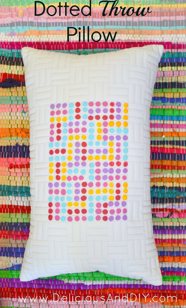Dotted Throw Pillow| Fabric Painted Throw Pillow| Throw Pillow Ideas||Dotted Art