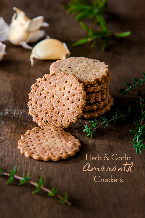HERB AND GARLIC AMARANTH CRACKERS {VEGAN AND GLUTEN FREE}