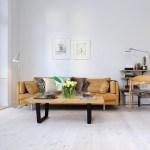 rosetones molduras escayola en el techo puertas madera blancas muebles reciclados grandes ventanales estilo vintage estilo nórdico estilo industrial decoración holanda decoración en blanco decoración de interiores carpintería antigua blanca