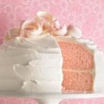 vanilla bean cupcakes with strawberry buttercream postres muffins magdalenas con crema fotografía de postres dulces diseño de postres cupcakes de vainilla y crema de fresa cupcakes de fresa cupackes de vainilla capsulas rosas cápsulas de cupcakes y magdalenas de colores capsulas de cupcakes