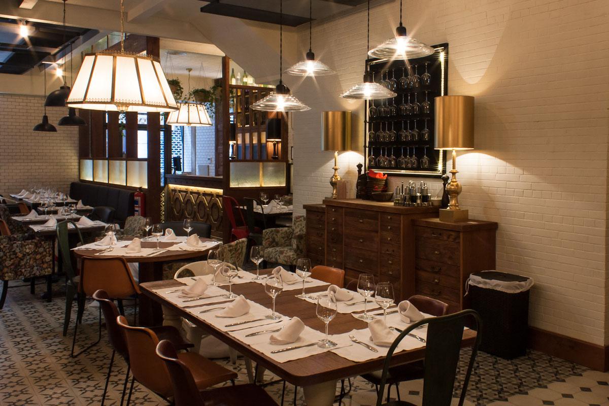 Restaurante el txoko de la mary blog decoraci n estilo for Disenos de bares rusticos