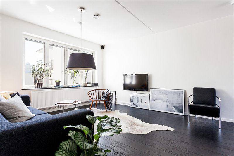 Suelo de madera negro blog decoraci n estilo n rdico for Decoracion piso oscuro