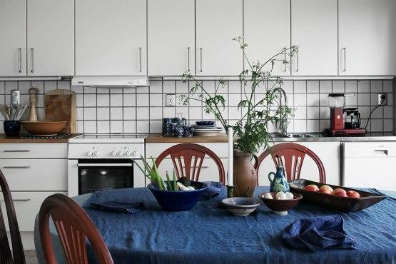 interiores nórdicos escandinavos distribución diáfana decoración sueca decoración en azul gris y madera casas de verano nórdicas casas de madera casas con vistas mar blog decoración nórdica blog decoracion interiores