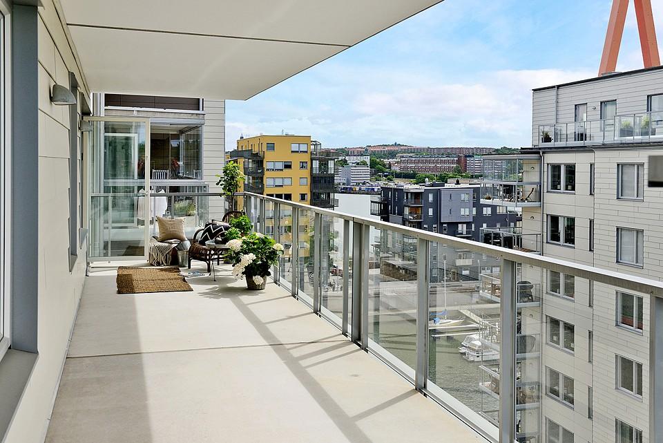 Terrazas en los pisos n rdicos blog decoraci n estilo for Pisos para balcones y terrazas