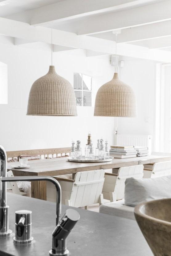 Blanco, madera natural y estampados étnicos  Blog decoración estilo