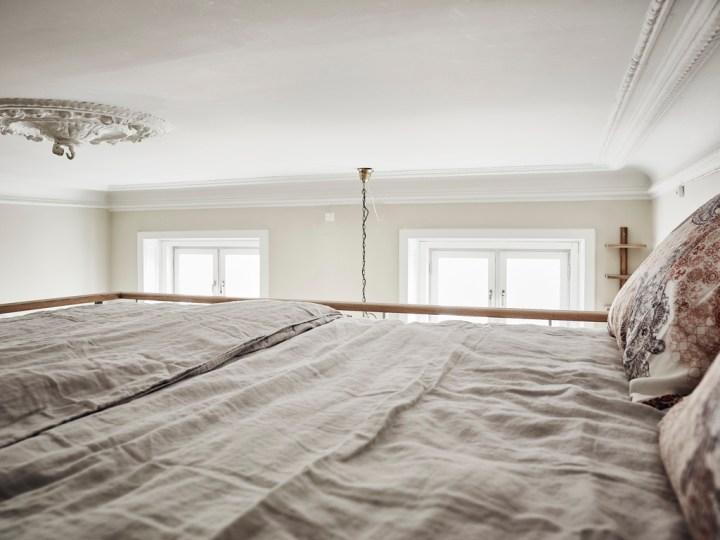 minipisos mini piso nórdico la cama en alto interiores espacios pequeños estilo nórdico escandinavo decoración pisos pequeños decoración elegante blog decoración nórdica aprovechar espacio