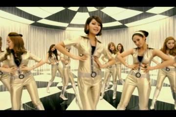 Girls' Generation (소녀시대) - Hoot (훗)