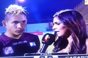 aquiles ocanto carabobo fc player kicked in back during live interview