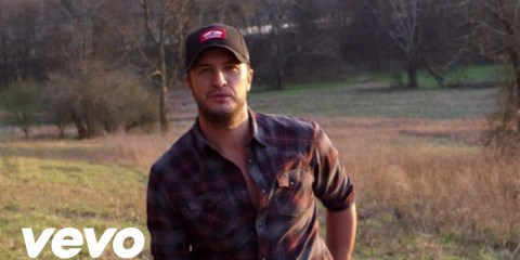 luke-bryan-huntin-fishin-and-lovin-every-day