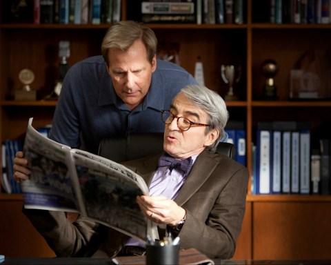 Will McAvoy y Charlie Skinner en The Newsroom