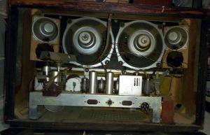 Radio Telefunken Opus 6 - chassis e speaker