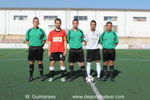 Capitanes con trio arbitral