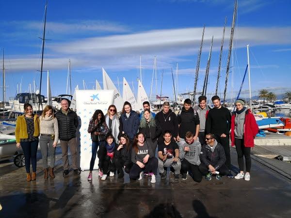 Foto de grupo esta mañana antes de iniciar el primer día del curso.
