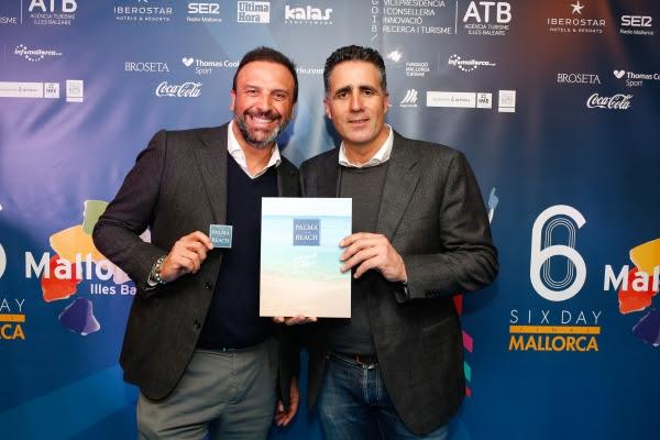 Juan Miguel Ferrer, CEO de Palma Beach, junto a Miguel Induráin.