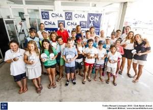 Foto de grupo tras la entrega de premios