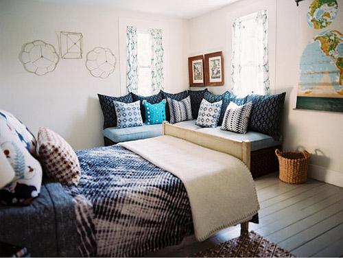 john-robshaw-bedroom-blue-white-natural-lonny