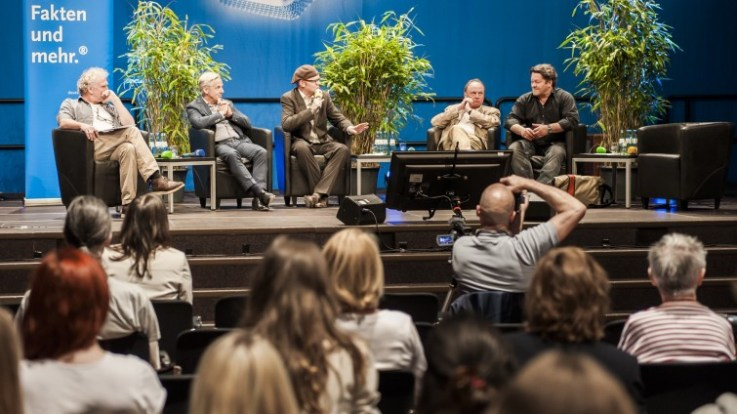 Forumspanel (v.l.n.r): Manni Wegener (Stadtrevue), Michael Wulf (RTL), Hektor Haarkötter (INA), Dietrich leder (KHM), Hardy Prothmann (Blogger)