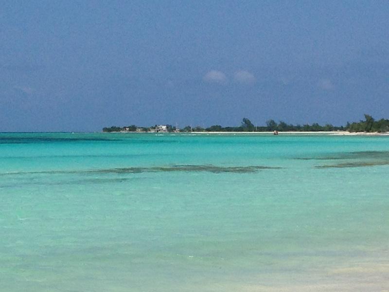 mer turquoise à la Herradura