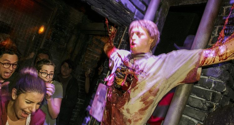 Halloween Horror Nights Mazes Ranked