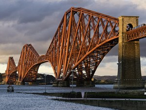 Puente del Río Forth en Reino Unido